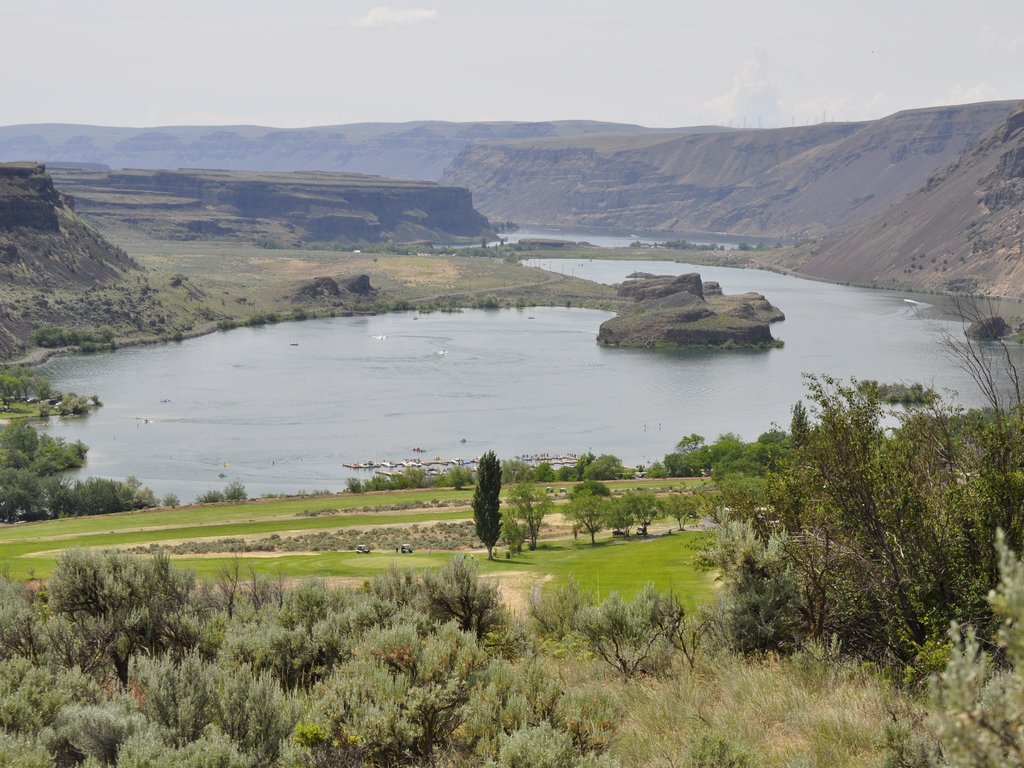 Golf Course In The Lower Grand Coulee